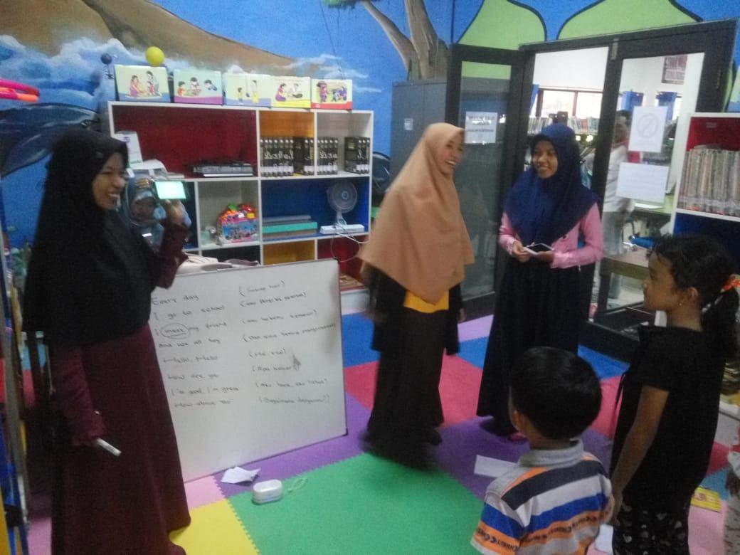 Ayo Belajar Bahasa Inggris di Perpustakaan Umum Pamekasan